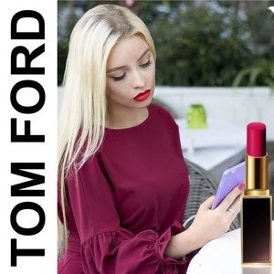 • TOM FORD Lip Color - Satin Matte Notorious 11